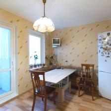 Продажа 3-х комнатной квартиры в микрорайоне