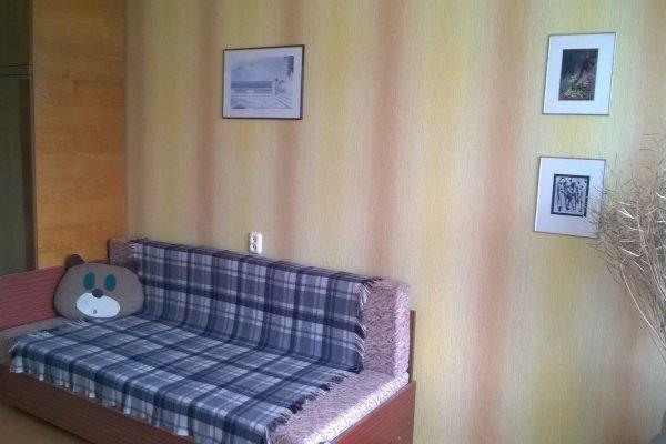 Сдам в аренду на длительный срок 2-х комнатную квартиру в г. Барановичах, ул. Фабричная, дом 18-а
