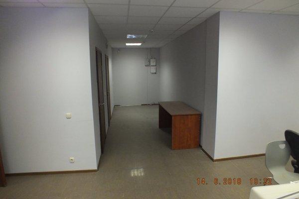 Продажа офисного помещения, с ремонтом.
