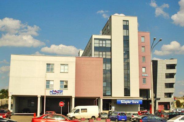 Сдается офисное помещение в БЦ Виктория Плаза по ул. Платонова, 1Б