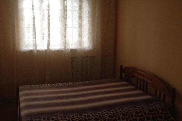 Сдам в аренду на длительный срок 4-х комнатную квартиру, г. Могилев, ул. Орловского, дом 19 (р-н Мир)