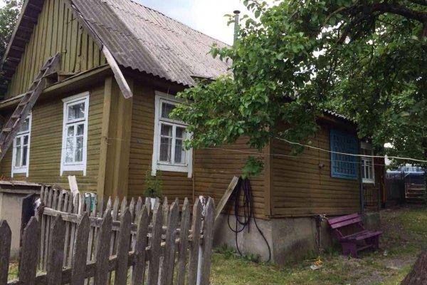 Продам дом, г. Новогрудок, ул. Фрунзе. Цена 35 147 руб c торгом