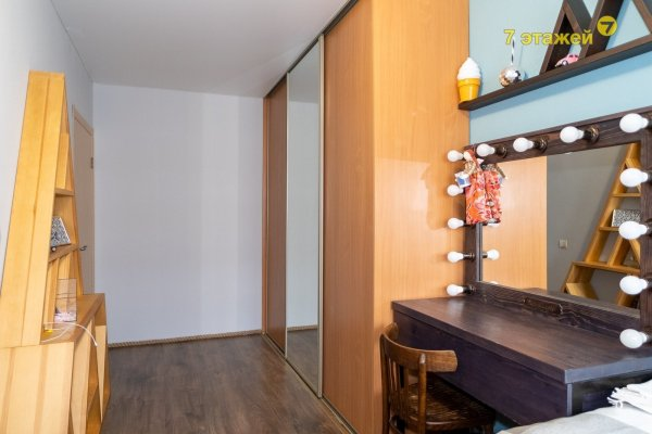 Купить 2-х комнатную квартиру на улице Коласа 8, г. Минск