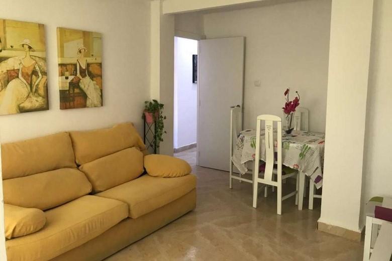 Однушка в испании цена работа в израиле