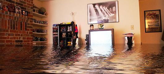 если соседи затопили квартиру кого вызывать